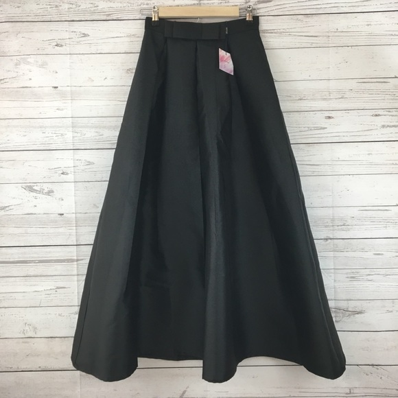 28307771fc Chicwish Skirts | Luxurious Night Bowknot Pleated Skirt Nwt | Poshmark